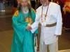 trinkunas-su-japonu-dvasininku