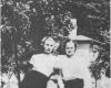 sadunaite-su-drauge-vilniuje-1955m