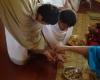 Aukojimo ugniai ritualas Vedų pažinimo mokykloje. R. Balkutės nuotraukos.