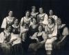 Kunigaikštienės Birutės draugijos 10 metų sukakties iškilmių rengimo organizacinis komitetas. Centre – Sofija Smetonienė. Kaunas, 1935 m. kovo 4 d.