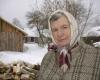 4.-Margionių-kaimo-dainininkės-Agutės-skepetukė-dera-prie-paltelio...-1200