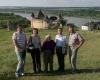 2008 m. su profesore Marija Matušakaite ir kitais rie Chotyno pilies Ukrainoje IMG_6287-2400
