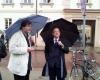 2012 05 17d.S.Daukanto-aiksteje-prie-Prezidenturos-del-prievartos-Garliavoje-Alkas.lt-nuotr.
