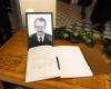 Atsisveikinimas-su-Romualdu-Ozolu-Alkas-J. Vaiskuno-nuotr