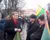 Kovo-11-osios-eisena-2012m-signatarai-Z.Vaisvila-R.Ozolas-T. Baranausko-nuotr