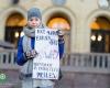 Norvegijos lietuviai Oslo centre protestavo pries Barnevernet sprendimus (2)