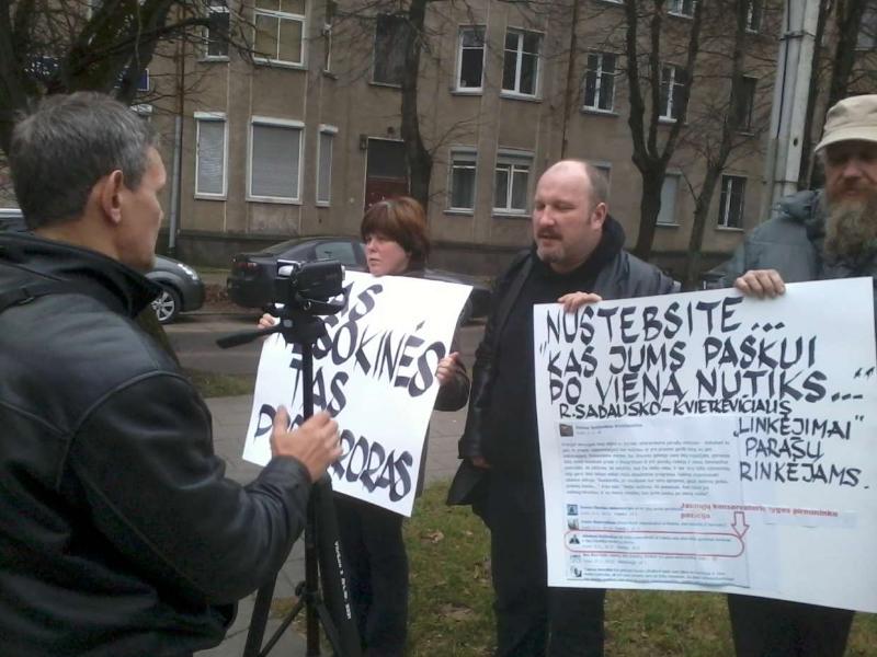 2013-11-21-tautininku-piketas-prie-prokuraturos-r-garuolio-nuotr-2