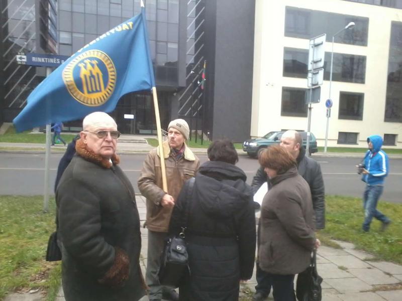 2013-11-21-tautininku-piketas-prie-prokuraturos-r-garuolio-nuotr-4