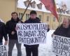 tautininku-piketas-prie-prancuzijos-ambasados-2015-01-09 (13)