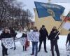 tautininku-piketas-prie-prancuzijos-ambasados-2015-01-09 (8)