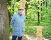 Kazimieras-Kedaitis-etnologas-prie-Veleso-stabo
