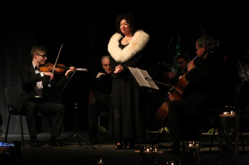Judita Leitaitė - Dainuoju Meilę = I Sing Love
