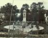 FP11 GEK6211 Giedraiciai Nepriklausomybes paminklas Nuotr is Vileisiu gimines archyvo