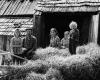 Juozas Kavaliauskas su šeima. Vladislavos kaimas. Aukštadvario ekspedicija (1973 m.)   O. Pajedaitės nuotr.