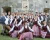 """Šakių kultūros centro jaunimo liaudiškų šokių grupė """"Pynė"""""""