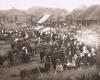 """""""Markttag in Maljaty"""" (Turgaus diena Moletuose). Nuotrauka is leidinio """"Bilder aus Litauen"""" 1917 m"""