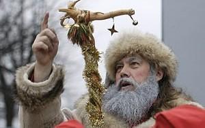 Lietuviškasis Kalėda linksmina vaikus