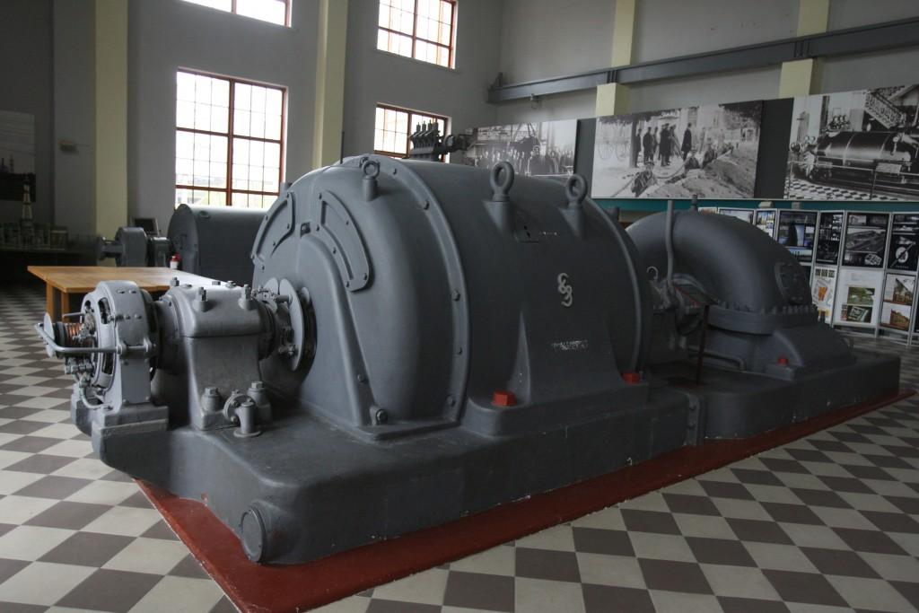 Ekspozicijoje esantys senieji generatoriai  stebėtinai ilgai tarnavo miesto elektrinei ir žmonėms, I.Gelūno nuotr.