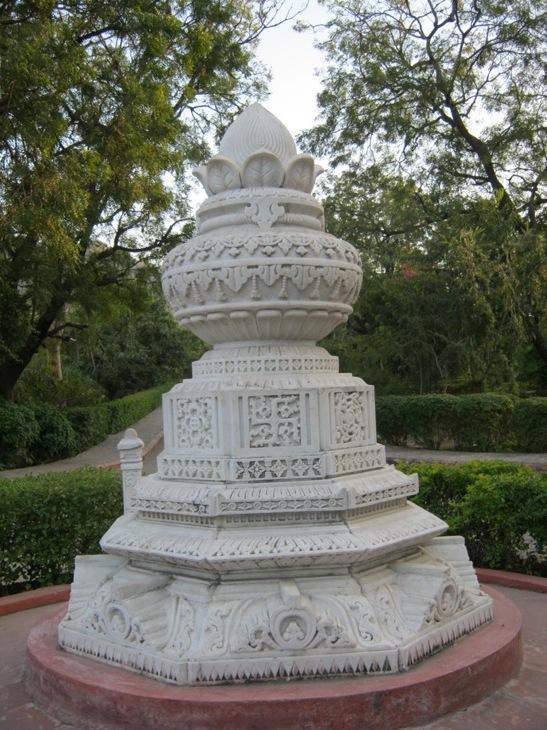 Džainų šventyklos prieigos