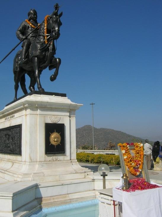 Paminklas Udaipuro karaliui Maharan Pratap