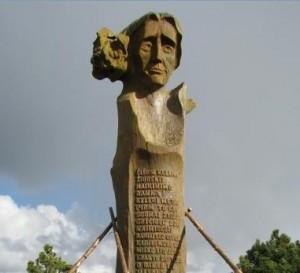 L.Rezos skulptura, Neringos sav. nuotr.