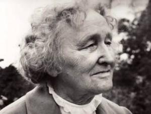 Prof. Pranė Dundulienė (1910-1991)