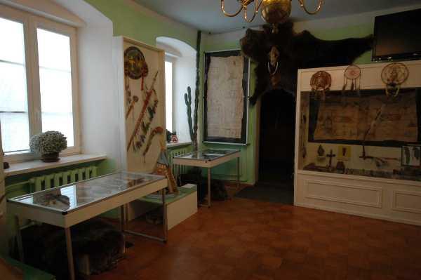 4. Kelmės krašto muziejaus indėnų ekspozicija