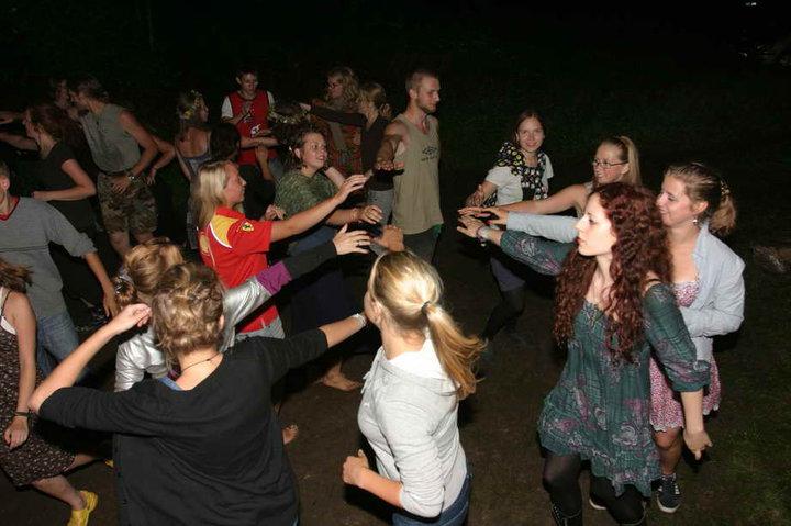Naktinių šokių sūkurys