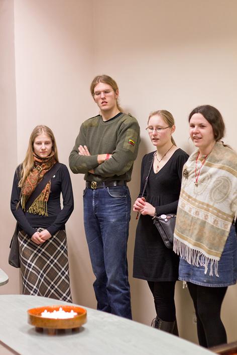 2011 03 07, jaunimas ramuvos atkūrimo suėjime