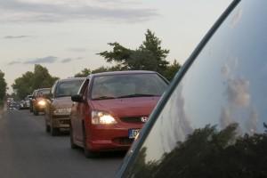 Pagrindinis teršalų šaltinis – automobiliai, jie išmeta apie pusę azoto oksidų kiekio. (R.Bužinsko nuotr. )