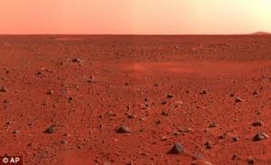 Marsas nuklotas plonu šydu, kurį sudaro tokios radioaktyvios medžiagos kaip uranas, toris ir radioaktyvus kalis