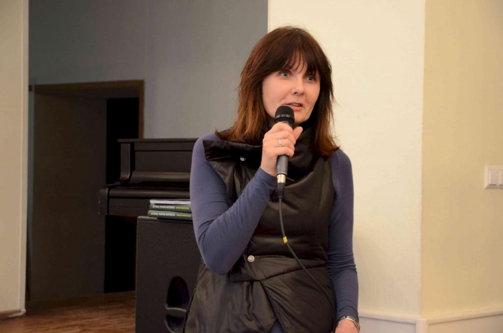 Sudėtingomis mokyklos problemomis dalijosi Dalia Peciukonienė, Vilniaus rajono Veriškių pradinės mokyklos direktorė.