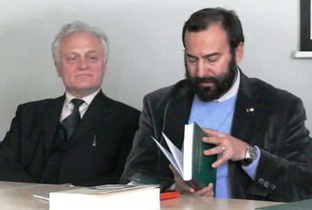 Profesoriai Bonifacas Stundžia ir Pietras Umbertas Dinis