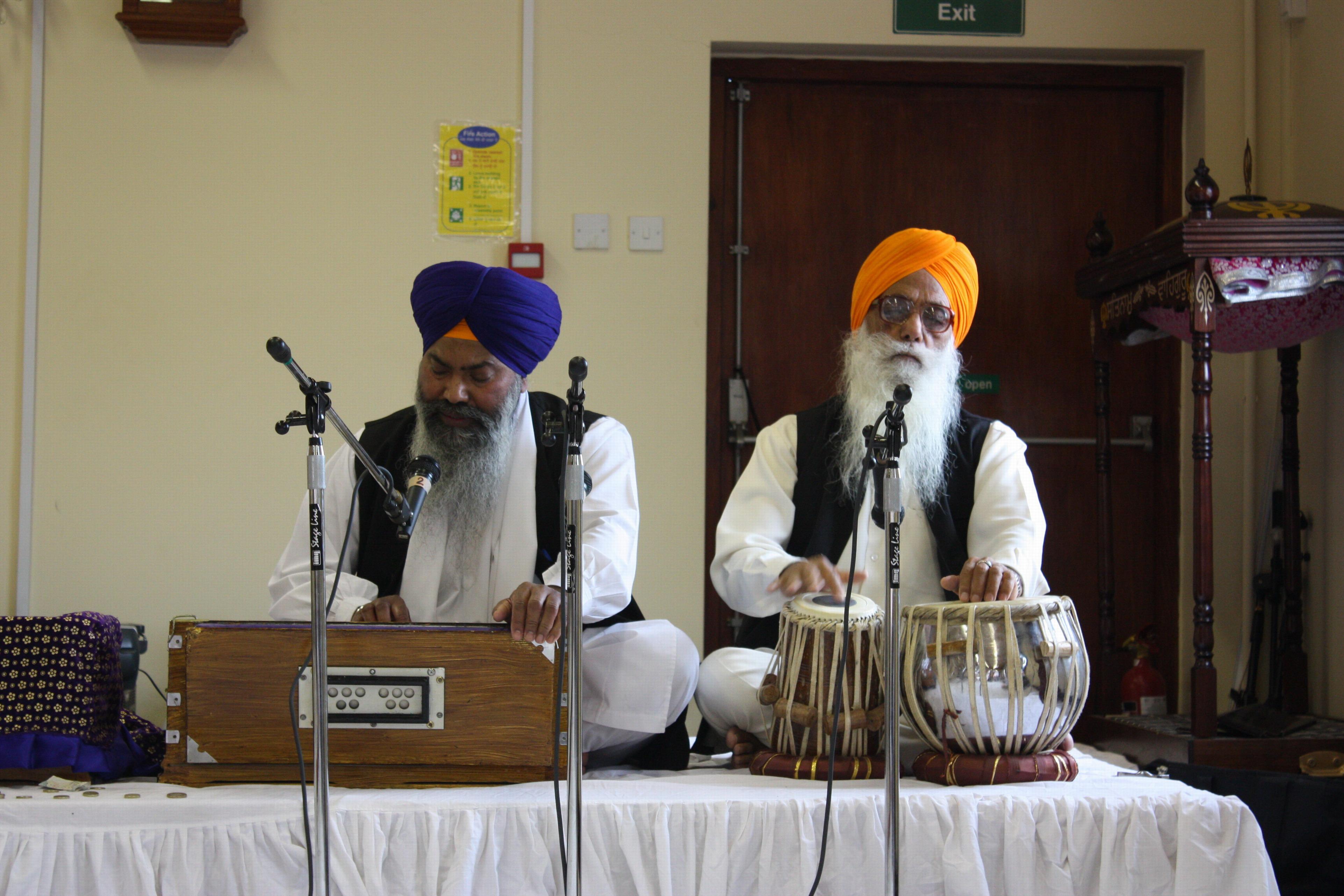 Sikai garbinantys Didįjį Guru