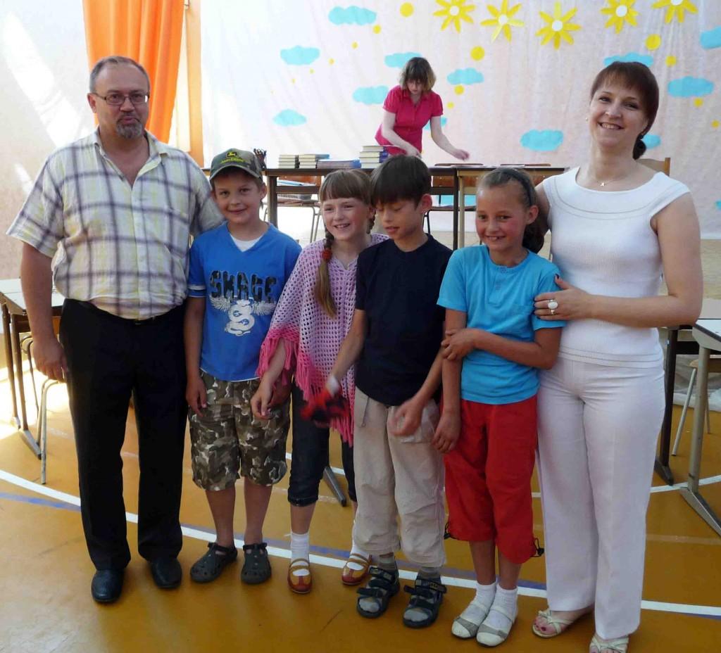 A.Birbilas ir A.Sakalauskienė su kaškių čempionato nugalėtojais
