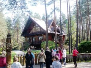 """Druskininkų miškų urėdijos Miško muziejus - mokymo ir informacijos centras """"Girios aidas"""" - mėgstamas lankytojų"""