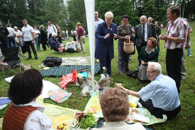Prezidentė D.Grybauskaitė Gedulo ir vilties dienos minėjime| Prezidentės spaudos tarnybos nuotr.