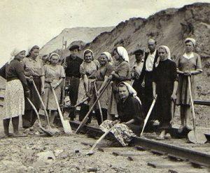 Tremtiniai   Lietuvos centrinio valstybės archyvo nuotr.