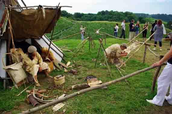Gyvosios archeologijos dienos 2010 m. | Alkas.lt, J.Vaiškūno nuotr.