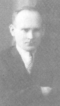 Mokytojas P. Būtėnas (iš: Panevėžio Juozo Balčikonio gimnazija (1727–1995) / Vytautas Baliūnas. – 1995. – P. 104.)