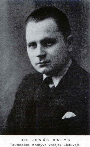 Dr. Jonas Balys Tautosakos archyvo vedėjas (iš: Aidai. – 1957, Nr. 2, p. 79.)