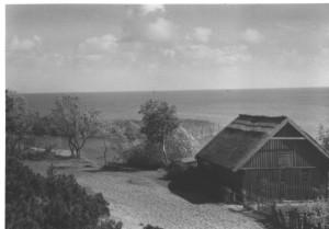 Žvejo namas. XX a. pr. Wolfgango Schluchto nuotrauka. Iliustracija iš Neringos istorijos muziejaus fondų