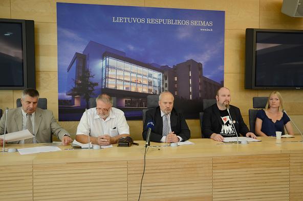 Spaudos konferencija Seime