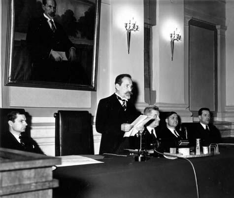 Respublikos Prezidento A.Smetonos kalba iškilmingame IV Seimo posėdyje