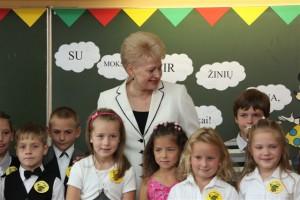 Prezidentė su Molėtų pradinukais | president.lt nuotr.