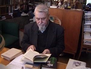 V.N.Toporovas savo darbo kambaryje Maskvoje | alkas.lt, A.Tarvydo nuotr.