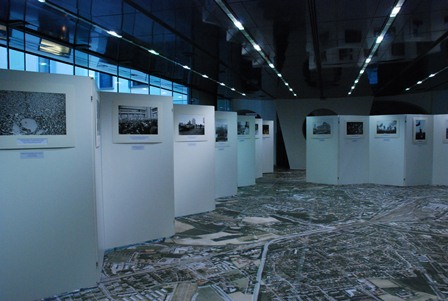 """Fografijų paroda Lince """"Laisvės gynimas 1990-1991 metais"""""""