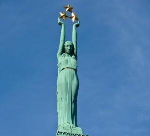 Latvia-laisves-paminklas-endex-com-nuotr