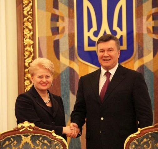 Prezidentai Dalia Grybauskaitė ir Viktoras Janukovyčius | lrp.lt nuotr.