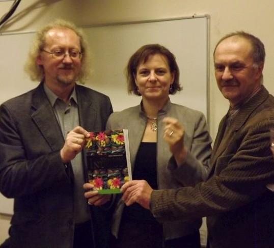 Iš kairės į dešinę: prof. A.Beinorius, D.Mickevičienė, V.Vidūnas | Alkas.lt, A.Piškinaitės nuotr.